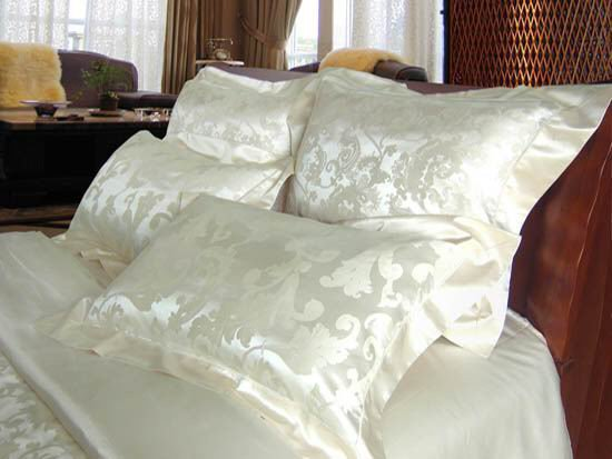 Cream Jacquard Silk Duvet Cover Amp Silk Pillowcases Set